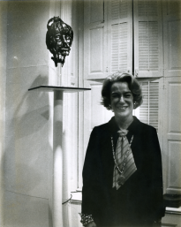 Sally Iselin with portrait of Dorothea Straus